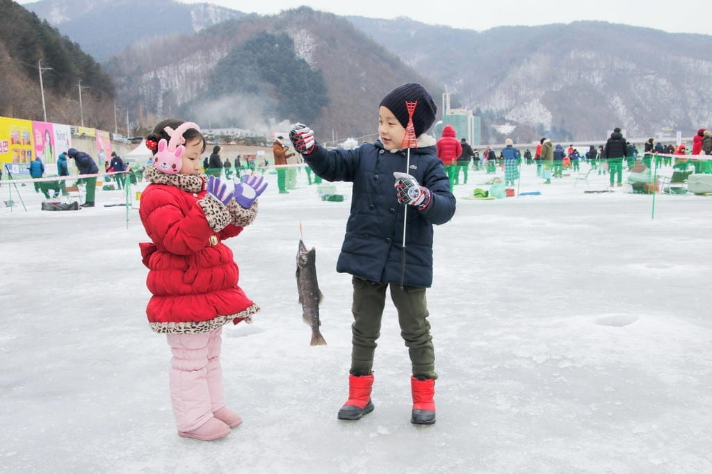 winter in South Korea Activities Things to Do Hwacheon Sancheoneo Festival