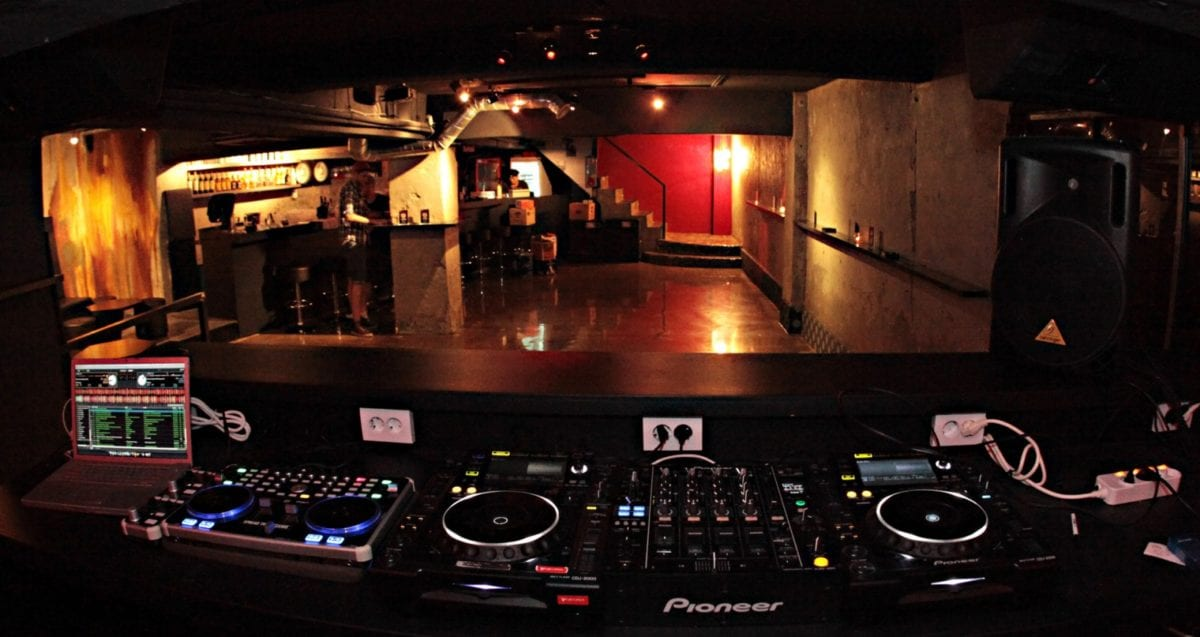 The 10 Best Clubs in Seoul cakeshop itaewon