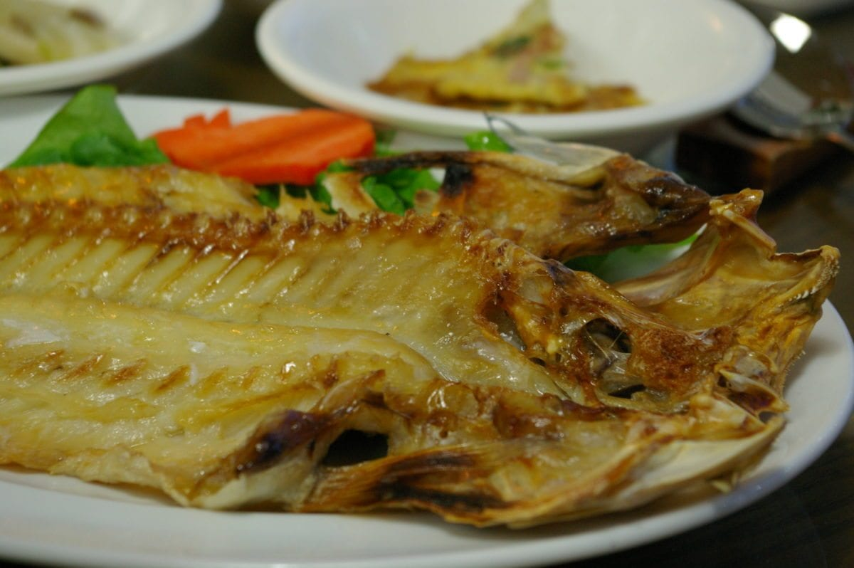 The 10 most unique speciality foods in jeju 10 magazine for Island fish grill