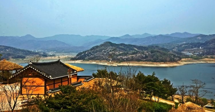 traveling in korea