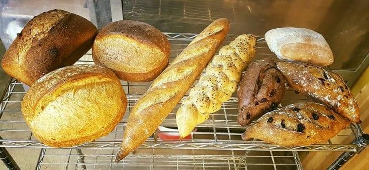 best fresh bread in seoul bob's bread