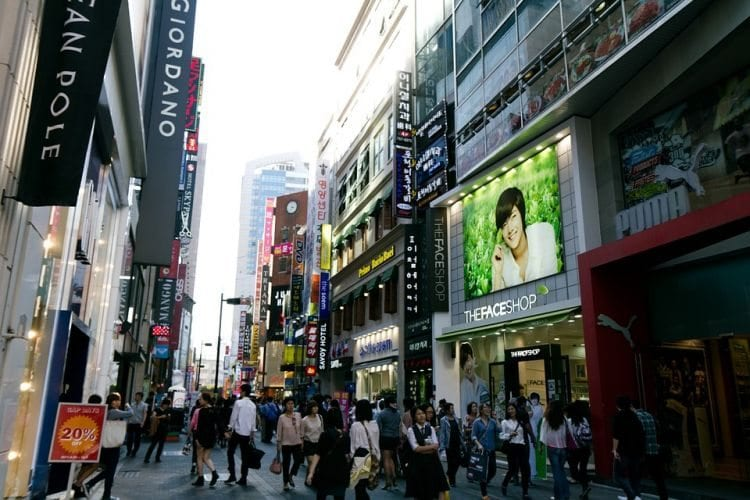 Travelling Alone In Seoul shopping