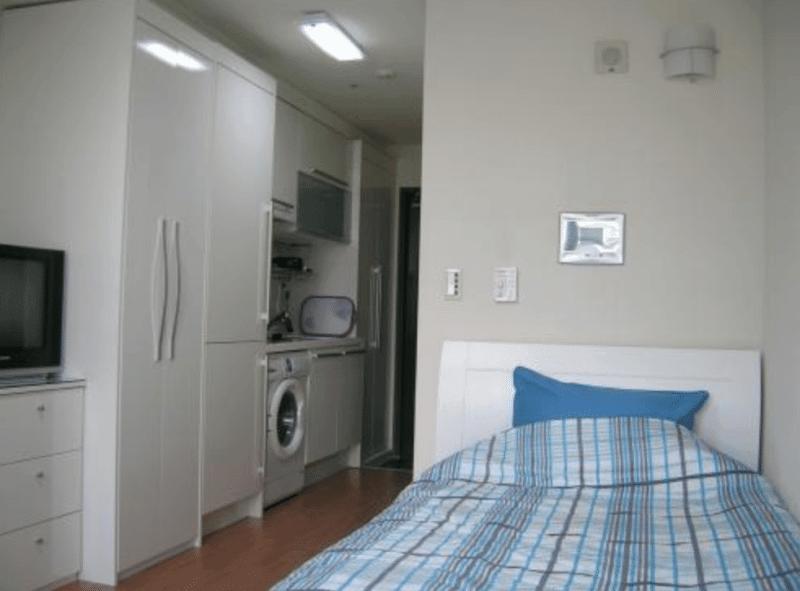 college life in korea one room